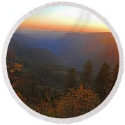Sunset In Yosemite Round Beach Towel