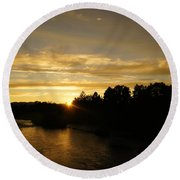 Sunset On The Rogue River Round Beach Towel