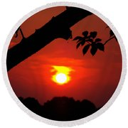 Sunset Over The Golf Course Round Beach Towel