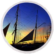 Sunset Over The Star Of India Round Beach Towel