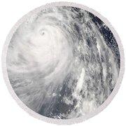 Super Typhoon Wipha Round Beach Towel