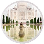 Taj Mahal On The Vertical Round Beach Towel