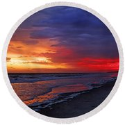 Ten Minutes On The Beach  Round Beach Towel