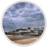 Tenby Harbour Low Tide Round Beach Towel