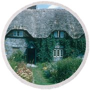 Thatched Roof, England Round Beach Towel