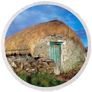 Thatched Shed, St Johns Point, Co Round Beach Towel
