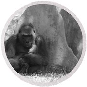 The Angry Ape In Black And White Round Beach Towel