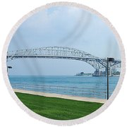 The Blue Water Bridge  Round Beach Towel