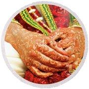 The Bride's Hands Round Beach Towel