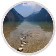 The Clear Waters Of King's Lake Round Beach Towel