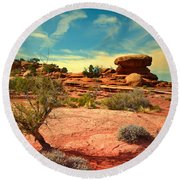 The Desert And The Sky Round Beach Towel