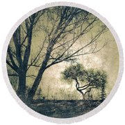 The Forgetting Tree Round Beach Towel