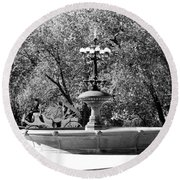 The Fountain And The Ride In Black And White Round Beach Towel