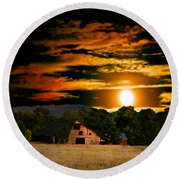 The Late Sam's Rd. Barn In The Moonlight Round Beach Towel