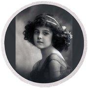 The Litte Angel 1911 Round Beach Towel