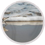 The Lone Sandpiper Round Beach Towel