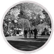 The Mall At Central Park In Black And White Round Beach Towel
