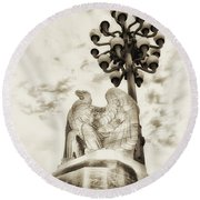 The Market Street Bridge Eagle Round Beach Towel