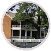 The Mclean House In Appomattox Virgina Round Beach Towel