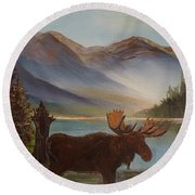 The Mountain Moose Round Beach Towel
