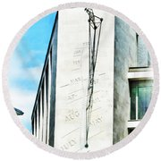 The Noon Sundial At The London Stock Exchange Round Beach Towel