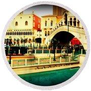 The Rialto Bridge Of Venice In Las Vegas Round Beach Towel
