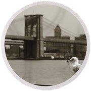 The Seagull Of The Brooklyn Bridge Round Beach Towel