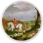 The Suffolk Hunt - Going To Cover Near Herringswell Round Beach Towel