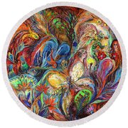 The Temptation Of Eve Round Beach Towel