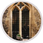 The Vaults Garden Cafe Bicycle In Oxford England Round Beach Towel