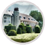 The West Wing Of Historic Hall Place  Round Beach Towel
