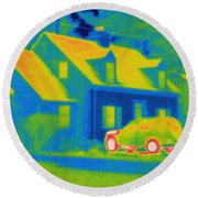 Thermogram Of Car In Front Of A House Round Beach Towel