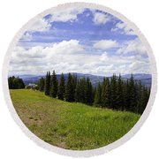 This Way To Eagle Nest - Vail Round Beach Towel