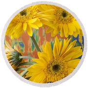 Three Daisy's And Butterfly Round Beach Towel