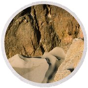Tide Sculpture Round Beach Towel