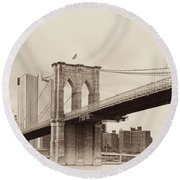 Timeless-brooklyn Bridge Round Beach Towel
