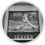 Tom Seaver 41 In Black And White Round Beach Towel