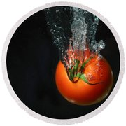 Tomato Falling Into Water Round Beach Towel