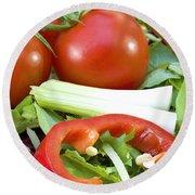 Tomato Salad Close Up Round Beach Towel