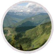 Top Of The World View Round Beach Towel