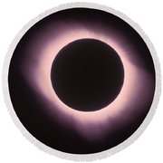 Total Solar Eclipse With Corona Round Beach Towel by Science Source