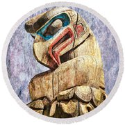 Totem Pole In The Pacific Northwest Round Beach Towel
