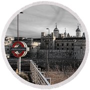 Tower Of London With Tube Sign Round Beach Towel