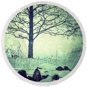 Tree And Fence In The Fog And Snow Round Beach Towel