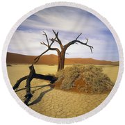 Tree In Desert Round Beach Towel