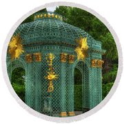 Trellis At Schloss Sanssouci Round Beach Towel