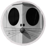 Truly Nolen Rat In Black And White Round Beach Towel