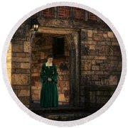 Tudor Lady In Doorway Round Beach Towel