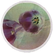 Tulip Reflections Round Beach Towel