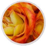 Twin Yellow Roses Round Beach Towel